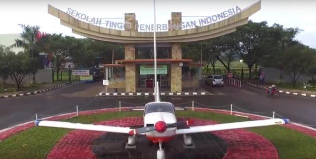 sekolah-penerbangan-indonesia