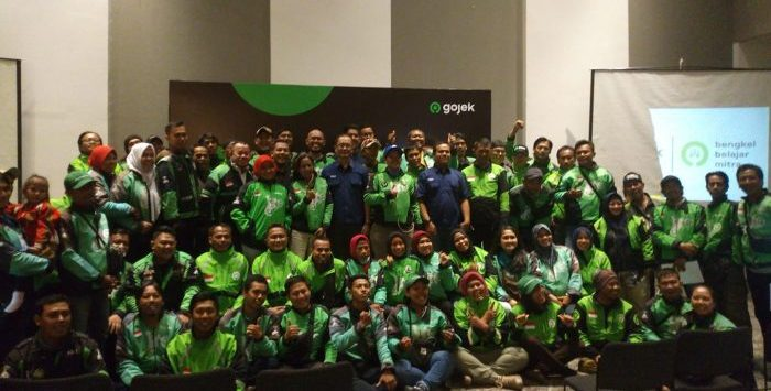 Training Service Excellent GOJEK Indonesia